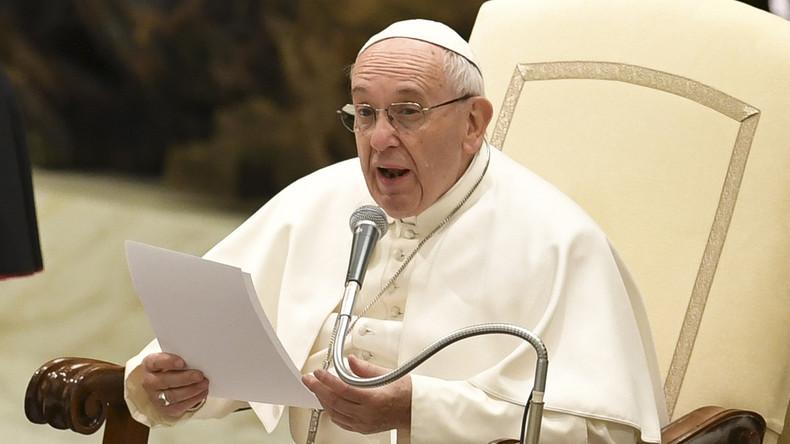 Le pape François met en garde contre le «populisme» capables de mener au pouvoir de dangereux dirigeants… tels que Hitler