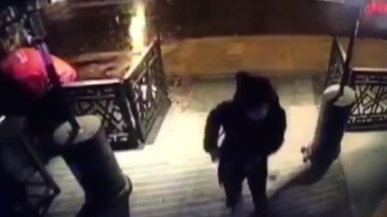 [Vidéo] Attentat d'Istanbul : le tueur du Nouvel An filmé par une caméra de vidéosurveillance