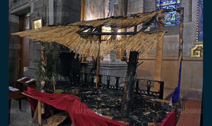 Saint-Étienne : une crèche de Noël incendiée volontairement dans la cathédrale, un incendiaire aurait été aperçu prenant la fuite