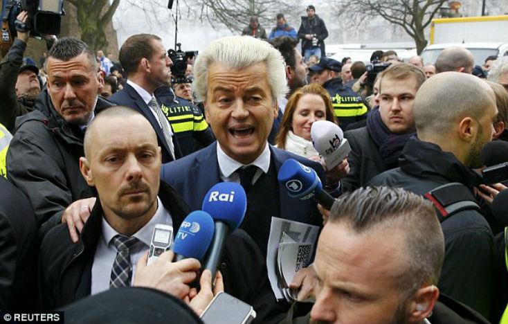 [Vidéo]Pays-Bas : Geert Wilders, leader nationaliste, confirme qu'il veut fermer les mosquées et interdire le Coran