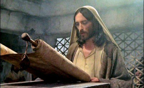 Aujourd'hui, fête de lachandeleur, célébration de la présentation de Jésus enfant au Temple de Jérusalem par l'Abbé Alain Arbez