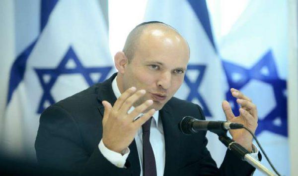Benett à la Knesset :'les habitants d'Amona sont des héros'