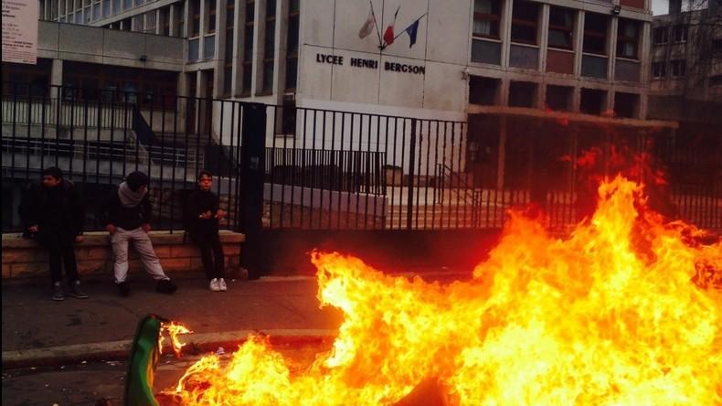 Affaire Théo : Plusieurs lycées d'Ile-de-France bloqués, des incidents à déplorer