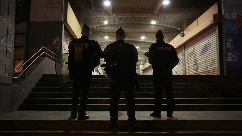 Révélations sur l'affaire Théo : les caméras de surveillance confirment la version d'un des policiers, Théo était violent et rien ne confirme le viol présumé