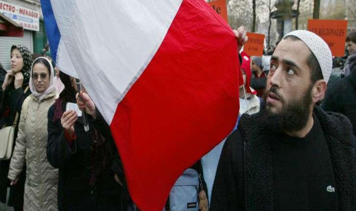 Salem Ben Ammar : Un jour viendra où les urnes électorales seront les urnes des cendres de la France
