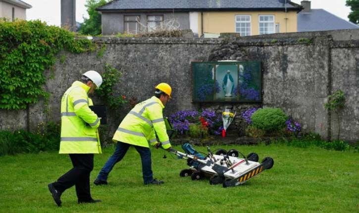 Des restes des 796 enfants morts à l'orphelinat irlandais de Tuam ont été identifiés