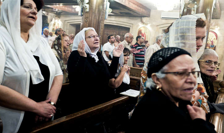 Les familles chrétiennes coptes fuient le Sinaï, victimes d'une campagne de meurtres et de menaces de l'Etat islamique