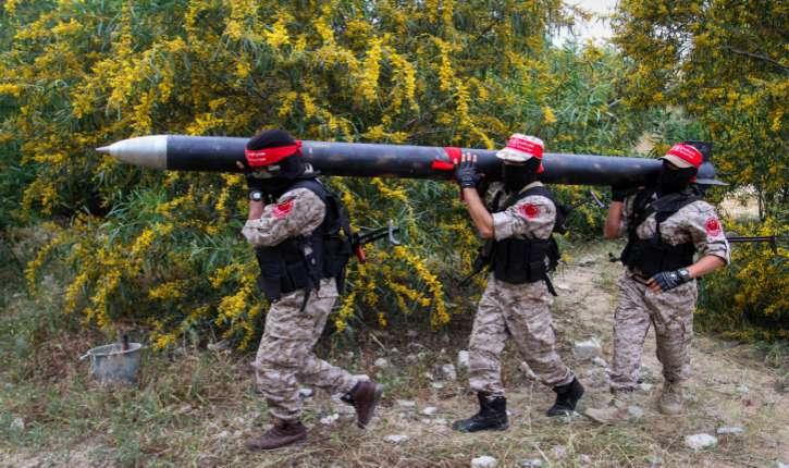 Les terroristes du Hamas présente un nouveau missile de «fabrication locale»