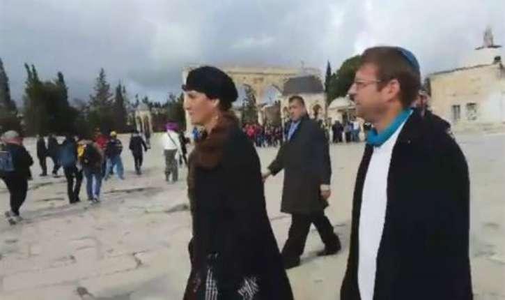 Des ambassadeurs de l'Unesco en visite sur le Mont du Temple, découvrent les mensonges des palestiniens