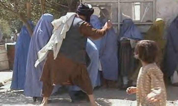 Salem Ben Ammar : Le musulman honore sa femme comme un Maître respecte sa domestique, ou un chamelier sa chamelle