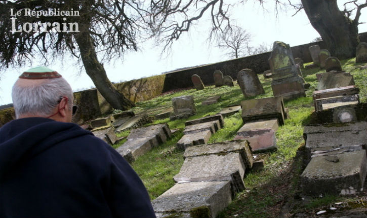 Moselle: une quarantaine de tombes d'un cimetière juif saccagées
