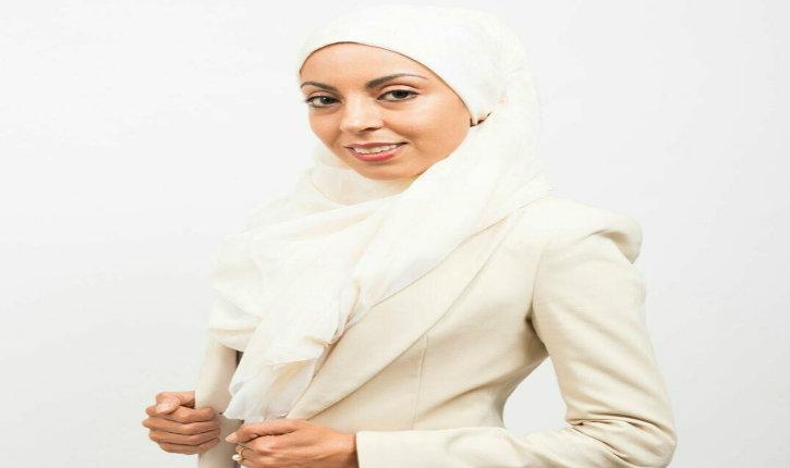 Une candidate voilée pro-palestinienne et supportrice du BDS se lance dans la course aux législatives dans le 93