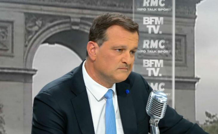 Accusé de propos négationnistes, le patron par intérim du FN, J.-F. Jalkh remplacé par Steeve Briois