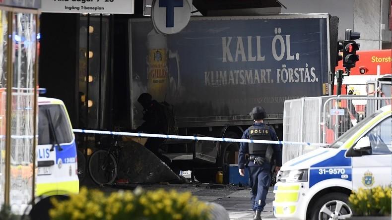 Attentat au camion à Stockholm : au moins trois morts et plusieurs blessés