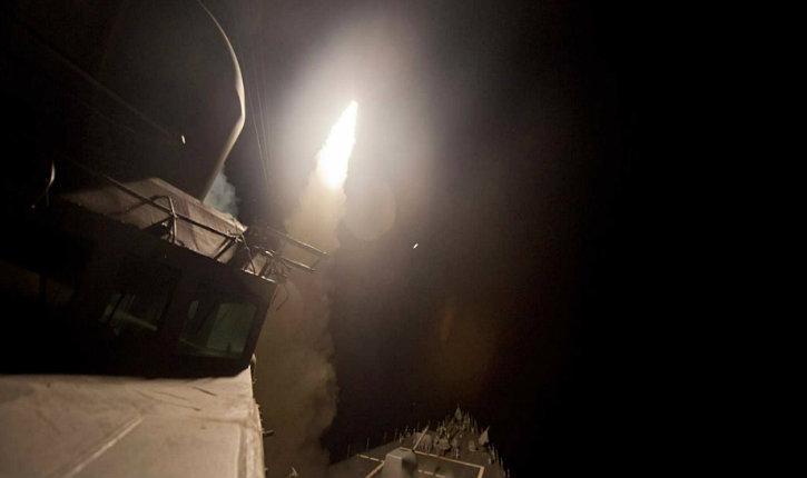 Urgent : Donald Trump tient ses promesses, les États unis envoient 50 missiles sur une base Syrienne suite à l'attaque chimique contre des civils