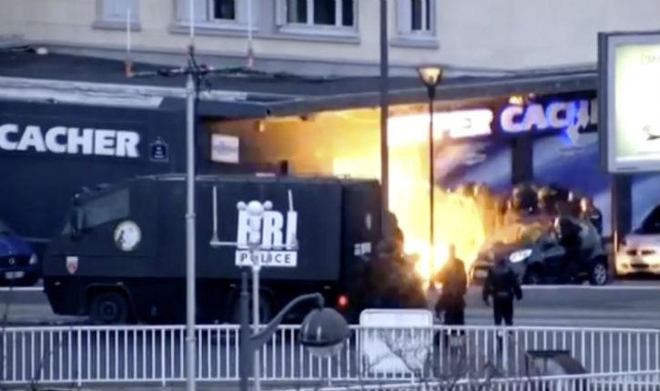 10 interpellations dans l'enquête sur les attentats de janvier 2015 contre Charlie Hebdo et l'Hyper Cacher