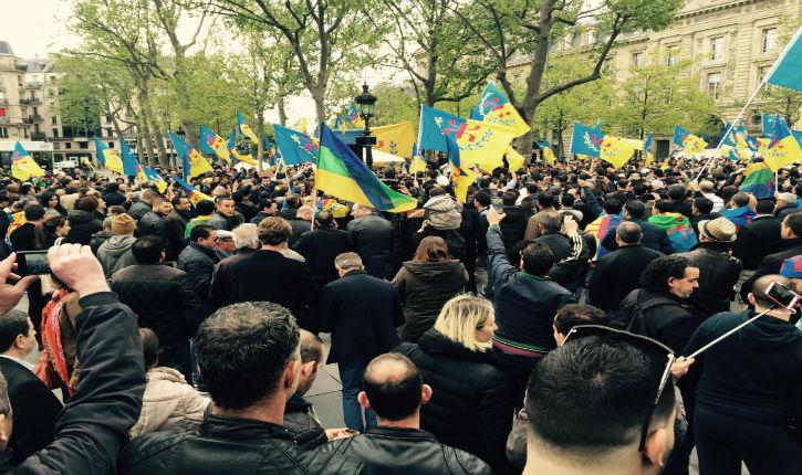 Manifestation pour la KABYLIE LIBRE, place de la République à Paris