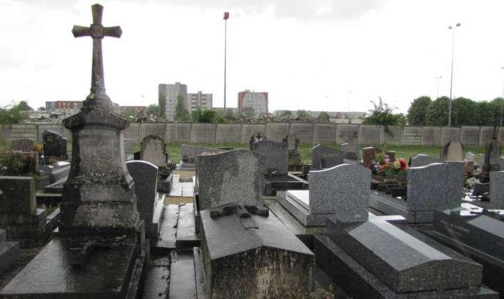 Aube : Une cinquantaine de tombes Chrétiennes profanées…