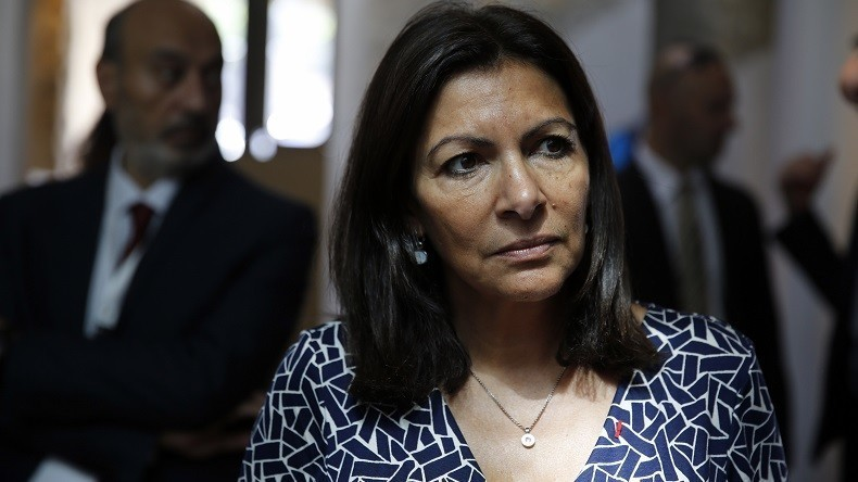 Anne Hidalgo décide d'interdire le festival «interdit aux blancs»