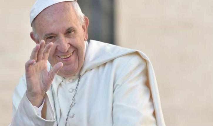 Le pape félicite Emmanuel Macron pour son élection à la présidence française