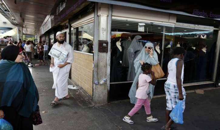 Mantes-la-Ville : en 2 ans, le maire FN a été contraint de verser 12 000 € aux musulmans