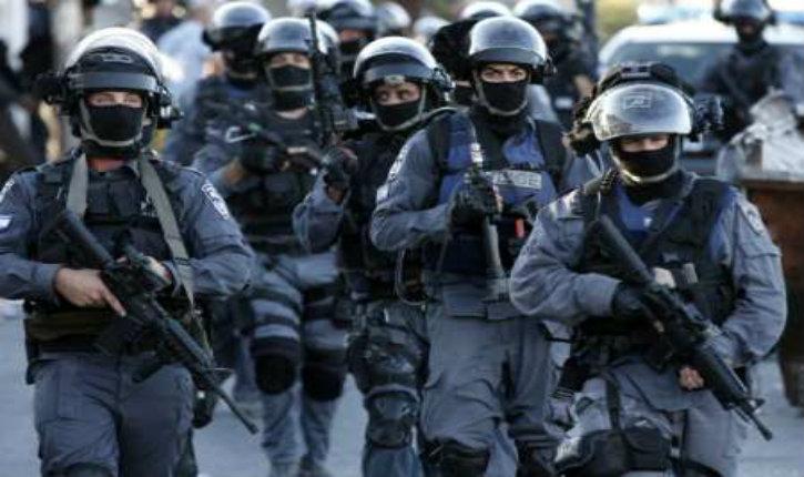 (Vidéo) En 30 secondes, démonstration efficace de la police israélienne face à une foule d'émeutiers arabes