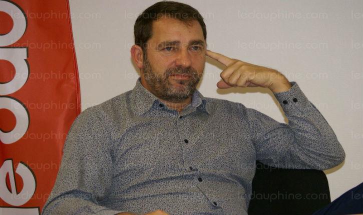 Christophe Castaner, porte parole d'Emmanuel Macron trouve qu'Israel a agit sauvagement contre la flottille de Gaza.