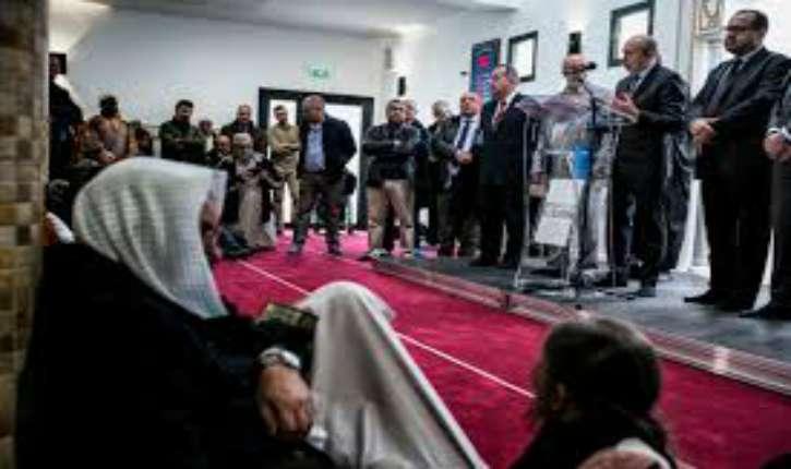 Gérard Collomb ministre de l'Intérieur contre la Loi interdisant niqab et burka…les islamistes sont soulagés!