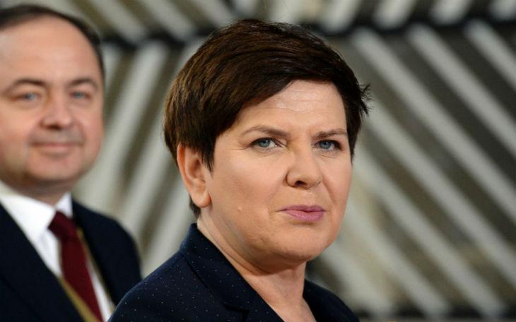 La première ministre polonaise : « Où vas-tu Europe ? Relève-toi ! Sinon tu pleureras tous les jours tes enfants » (Vidéo)