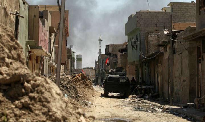 Irak : explosion d'une mine, un journaliste kurde tué et trois reporters français de France 2 et le Figaro blessés