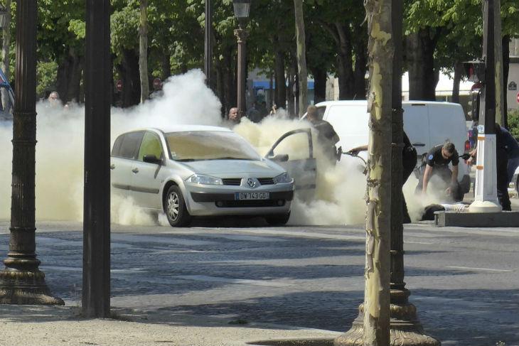 Attaque aux Champs-Élysées : Adam Lofti Djaziri, l'islamiste fiché S avait prêté allégeance à L'État islamique (Vidéo)