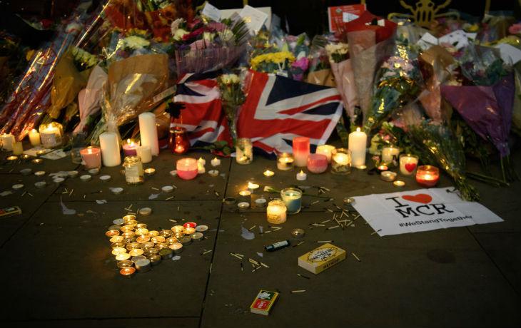Attentats islamistes : Quand l'Europe riposte avec des bougies et des ours en peluche…