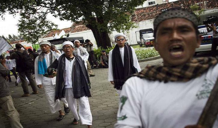 Christianophobie : En Indonésie écrire la lettre « T » est assimilé à une forme insidieuse de propagande chrétienne