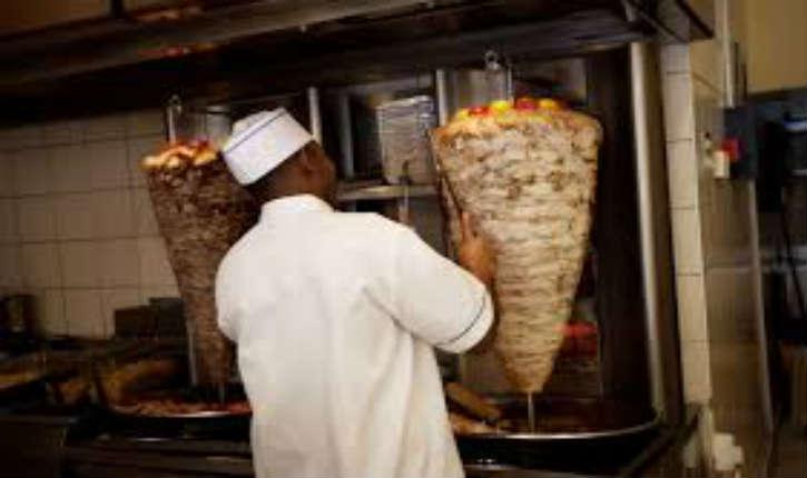 Marseille : la mairie veut redorer son blason en limitant le nombre de kebabs