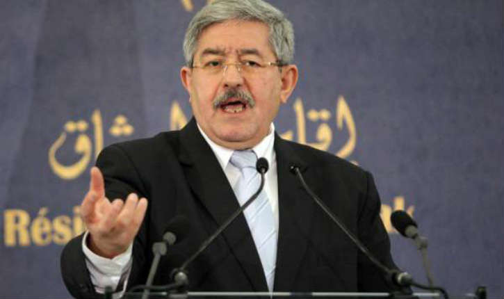 Ahmed Ouyahia, ministre d'Etat d'Algérie : «les migrants amènent le crime, la drogue et plusieurs autres fléaux»
