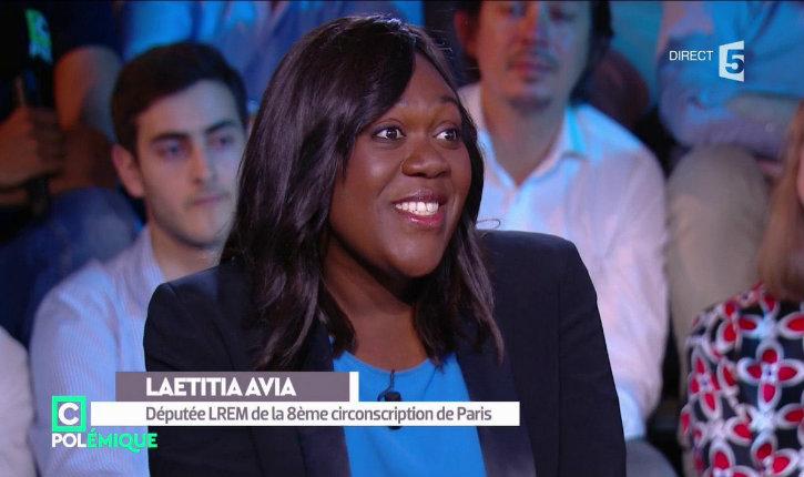 Une députée En Marche mord un taxi pour une course à 12 euros