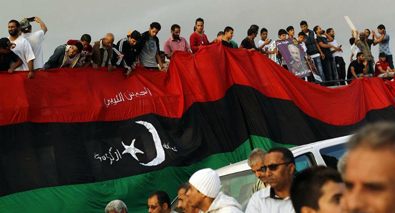 Libye : Sous Hollande, le Quai d'Orsay soutenait les Frères musulmans et misait sur les islamistes tandis que Le Drian soutenait le camp opposé
