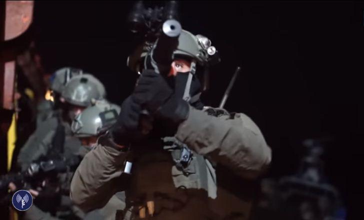 [Vidéo] Le commando naval Israélien Shayetet 13 simule une opération de sauvetage en mer