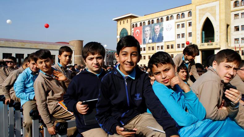 Obscurantisme islamiste en Turquie : le djihad sera enseigné aux enfants mais pas la théorie de Darwin