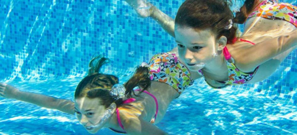 Allemagne, Bad Nauheim : 4 petites filles harcelées sexuellement dans une piscine par un migrant