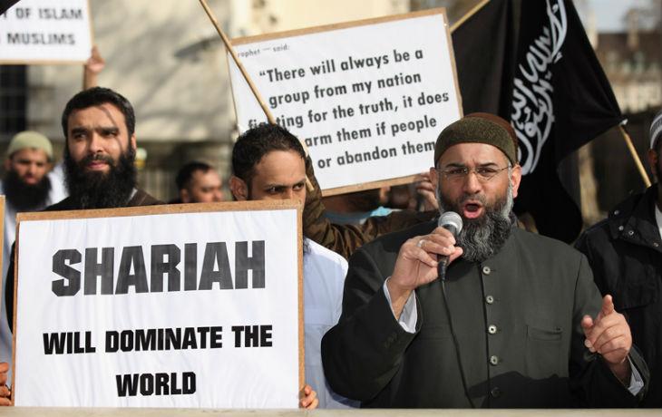 L'Europe se soumet à l'islam radical par Guy Millière