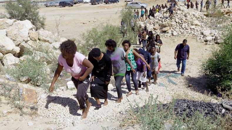 «On va aller chercher les réfugiés» : Macron annonce la création de hotspots pour migrants en Libye