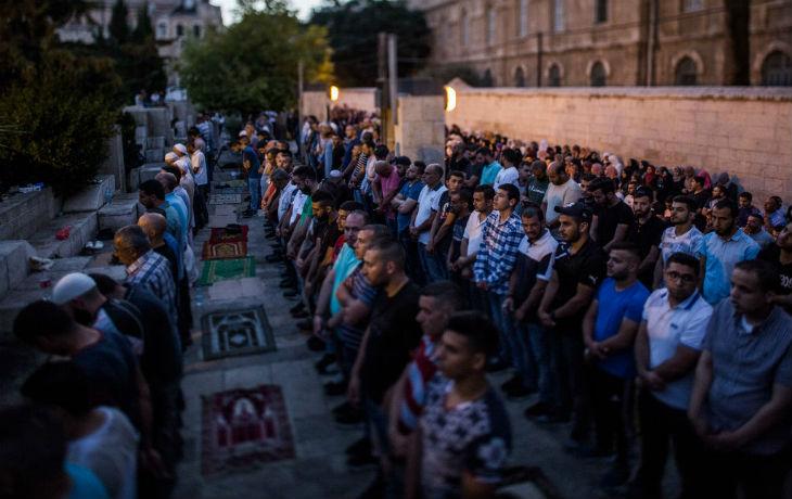 Les Palestiniens et le Waqf mentent : Le refus des détecteurs de métaux n'a qu'une seule signification, les Palestiniens veulent transformer le Mont du Temple en cache d'armes et en rampe de lancement d'actions terroristes