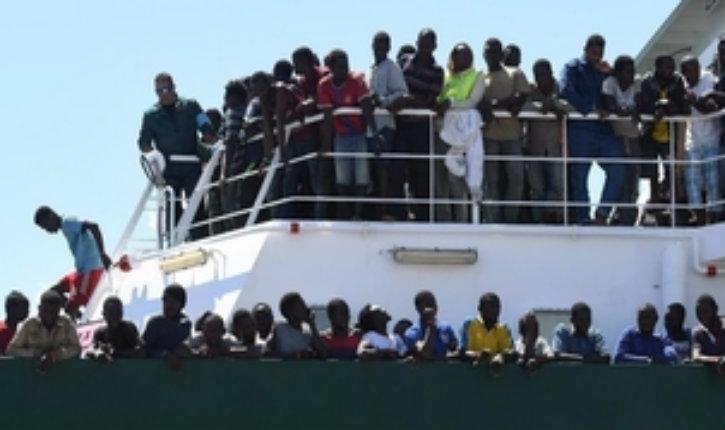 Opération «Defend Europe» : Un navire composé de militants anti-immigration reconduit les migrants en Libye