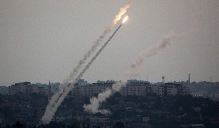 Israël : Une roquette tirée depuis Gaza explose dans un terrain vague, pas de blessé