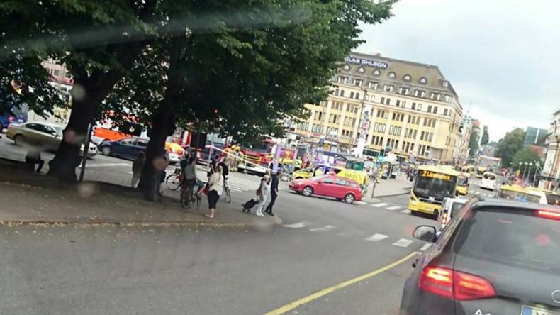 Attaque au couteau en Finlande : un mort et plusieurs blessés à Turku, un homme arrêté