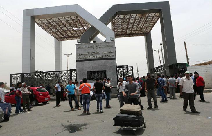 Gaza : l'Autorité palestinienne prend le contrôle des points de passage vers l'Egypte et Israël