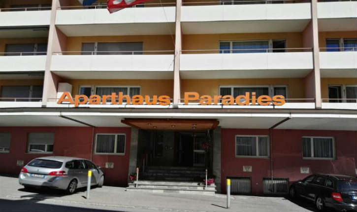 Israël : vives réactions suite aux écriteaux antisémites affichés dans un hôtel suisse