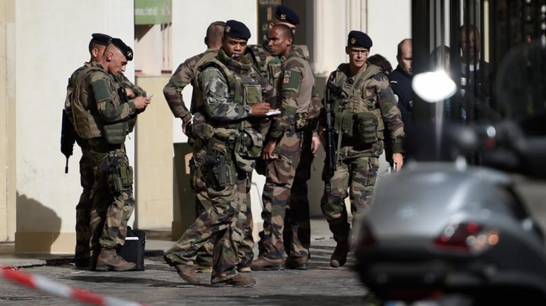 Attentat terroriste à Levallois Perret [DIRECT] : une voiture fonce sur des militaires, 6 blessés