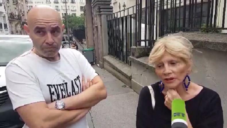 « Pas des réfugiés ! Ce ne sont pas des réfugiés politiques » les Parisiens en colère devant la réquisition d'un gymnase pour des migrants